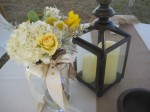 yellow and white toss bouquet