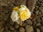 yellow and white bridesmaids bouquet