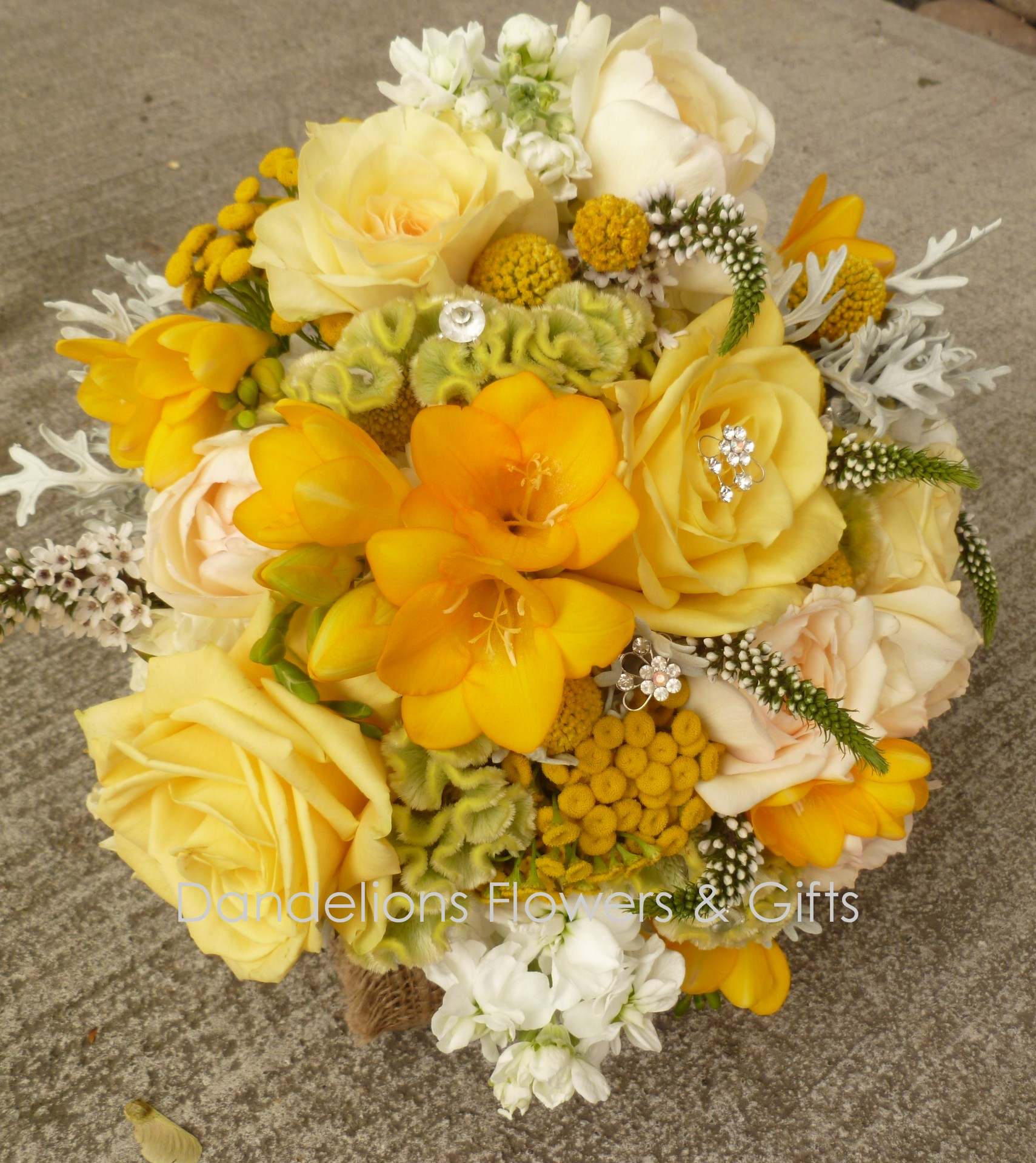 Yellow wedding bouquet dandelions flowers gifts for Dandelion flowers and gifts
