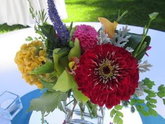 premium flowers centerpieces